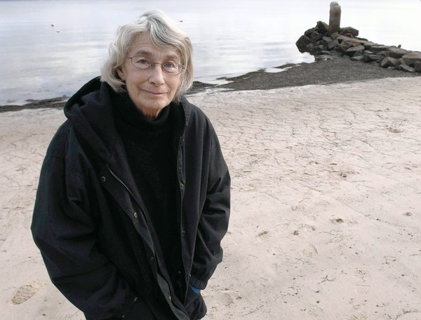 "Mary Oliver: ""Tell me, what is it you plan to do with your one wild and precious life?"""